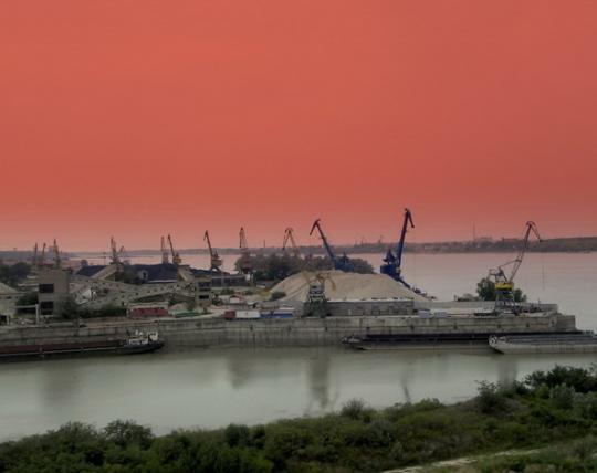Кораб е потънал в пристанището на Дунавски драгажен флот
