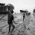 Bangladesh-shipbreaking-yard-iron-crow