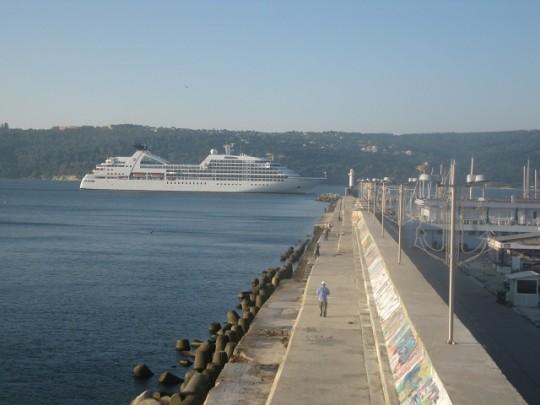 Пореден гост влиза в Пристанище Варна