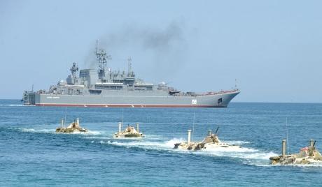 "десантен кораб ""Цезар Куников"""