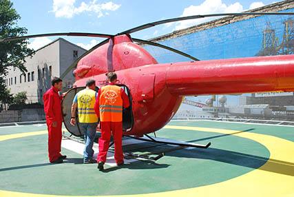 Курсове за работа на хеликоптерни площадки на море предлагат в Украйна