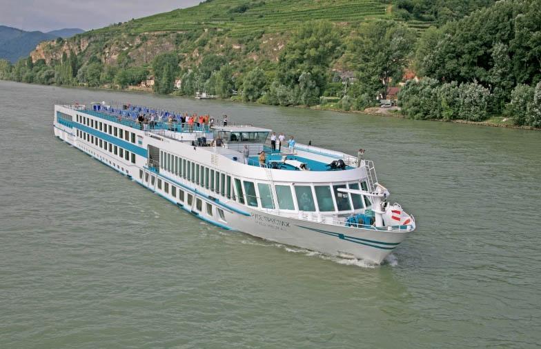 """Над 16 000 пасажери е превозила """"Дунав турс"""""""