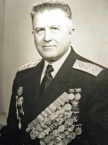 Откриват паметна плоча на адмирал Орманов