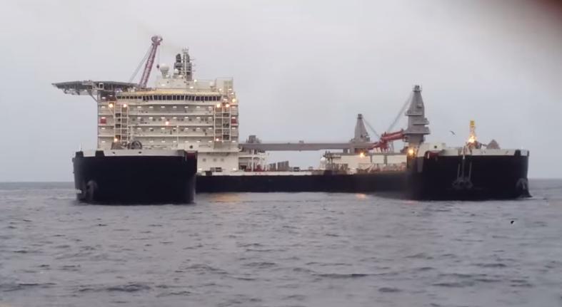 """Гигантът, който ще строи """"Южен поток"""", излезе на ходови изпитания (видео)"""