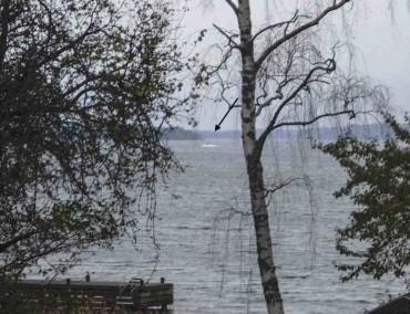 Швеция издирва руска подводница