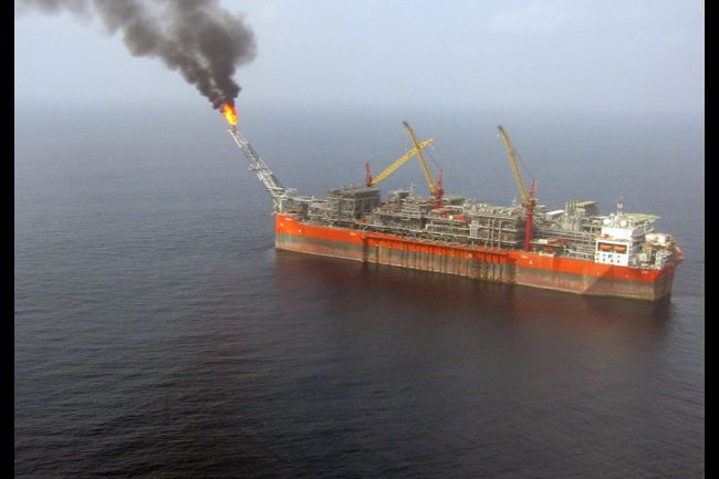Близо 4 млрд. долара глоба за разлива в Нигерия ще отнесе Shell