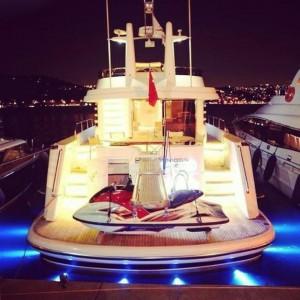 moon-dreams-yacht