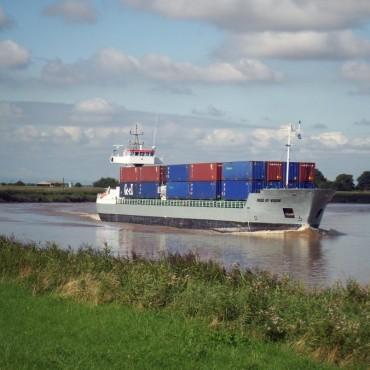 ЕС: Условията за корабоплаване по вътрешните водни пътища не са подобрени