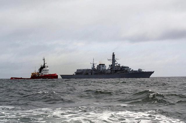 HMS-Somerset-hamal