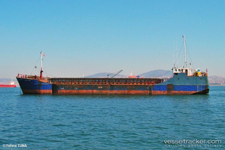 Хванаха близо 2 тона хашиш на кораб