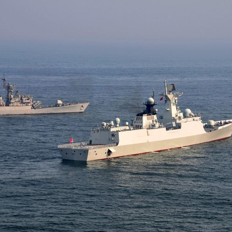 Две китайски фрегати влязоха в Черно море