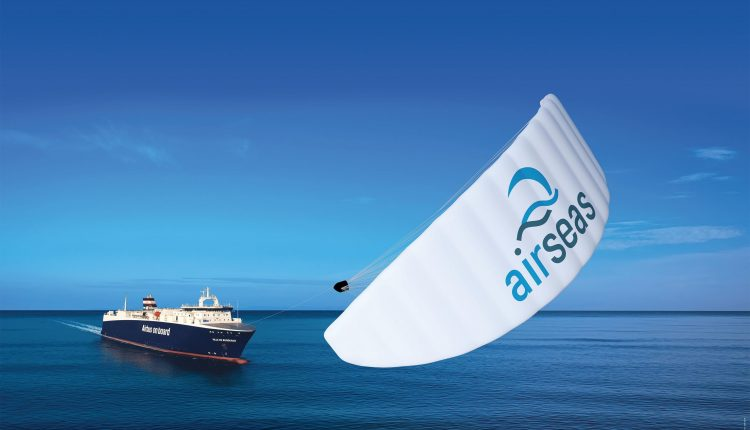 SeaWing-automated-kite-from-Airbus-AirSeas-startup
